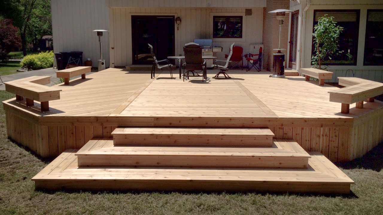 Custom Decks & Porches